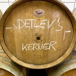 """DETLEVs """"selektion d."""" No. 13 Kerner, Weiss, Jg. 2020, bio"""