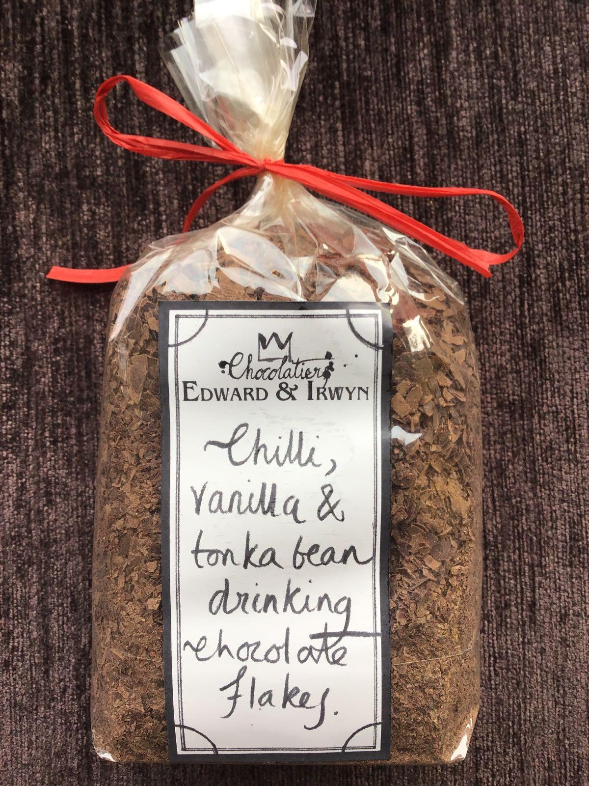Chilli, Vanilla & Tonka Bean Hot chocolate flakes