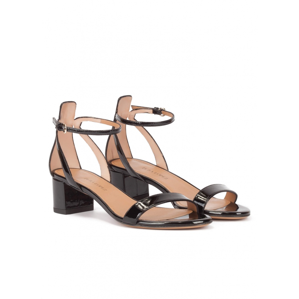 BLOCK HEEL SANDALS BLACK