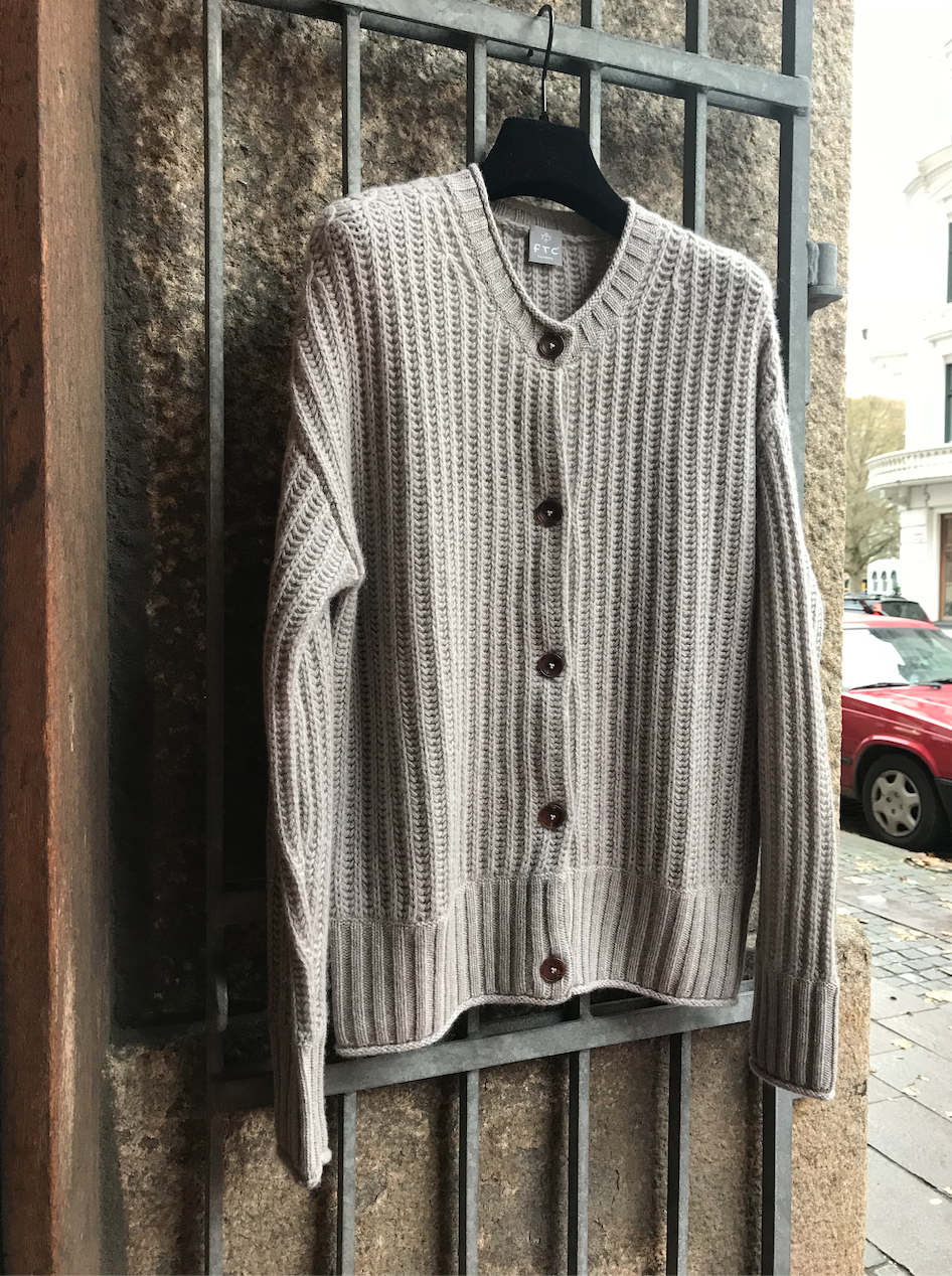 CARDIGAN WITH AJOUR KNIT DETAILS