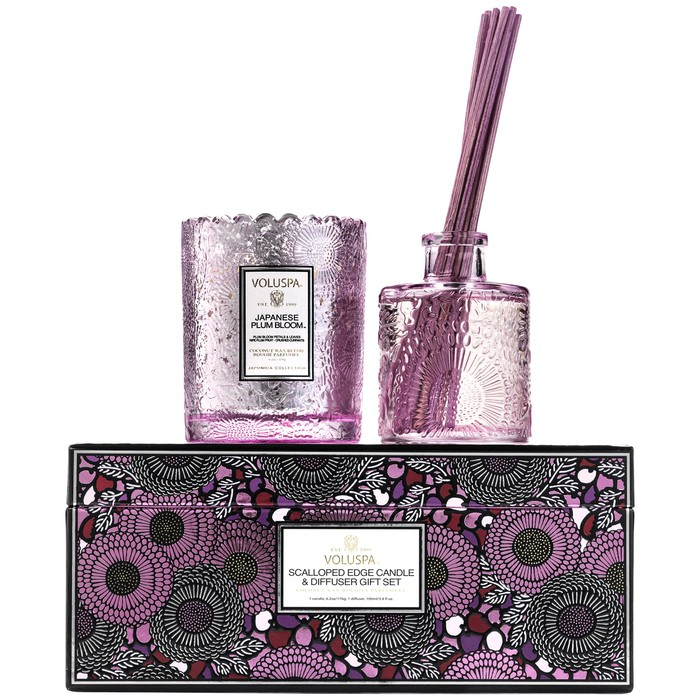 SCALLOPED EDGE CANDLE & DIFFUSER GIFT SET - JAPANESE PLUM BLOOM