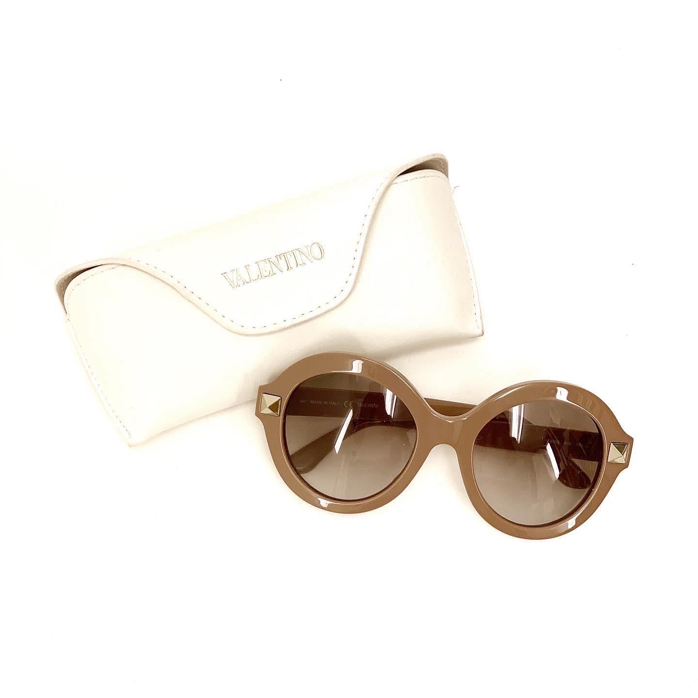 Valentino Rockstud solglasögon SV5210
