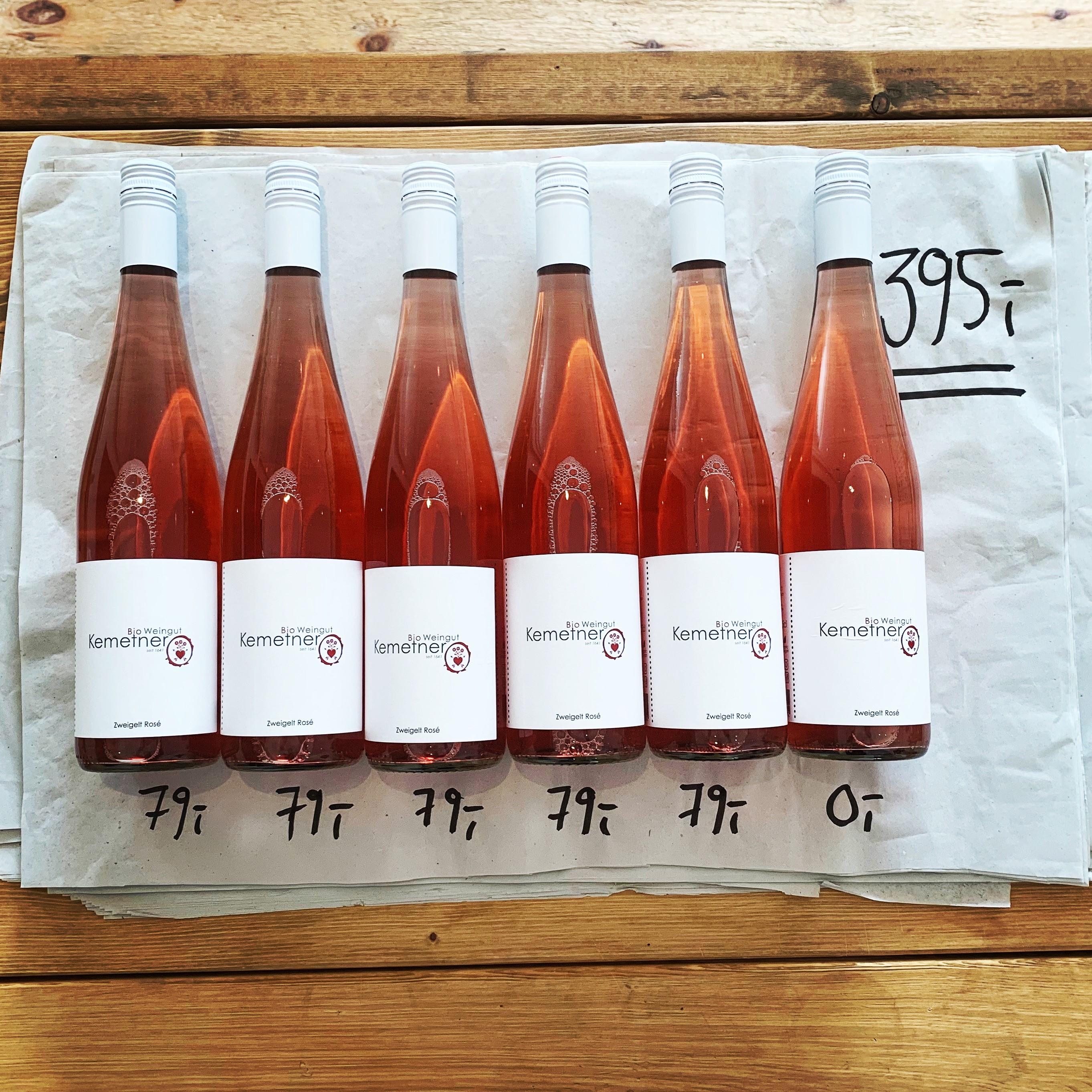 En hel kasse Rosé fra Kemetner