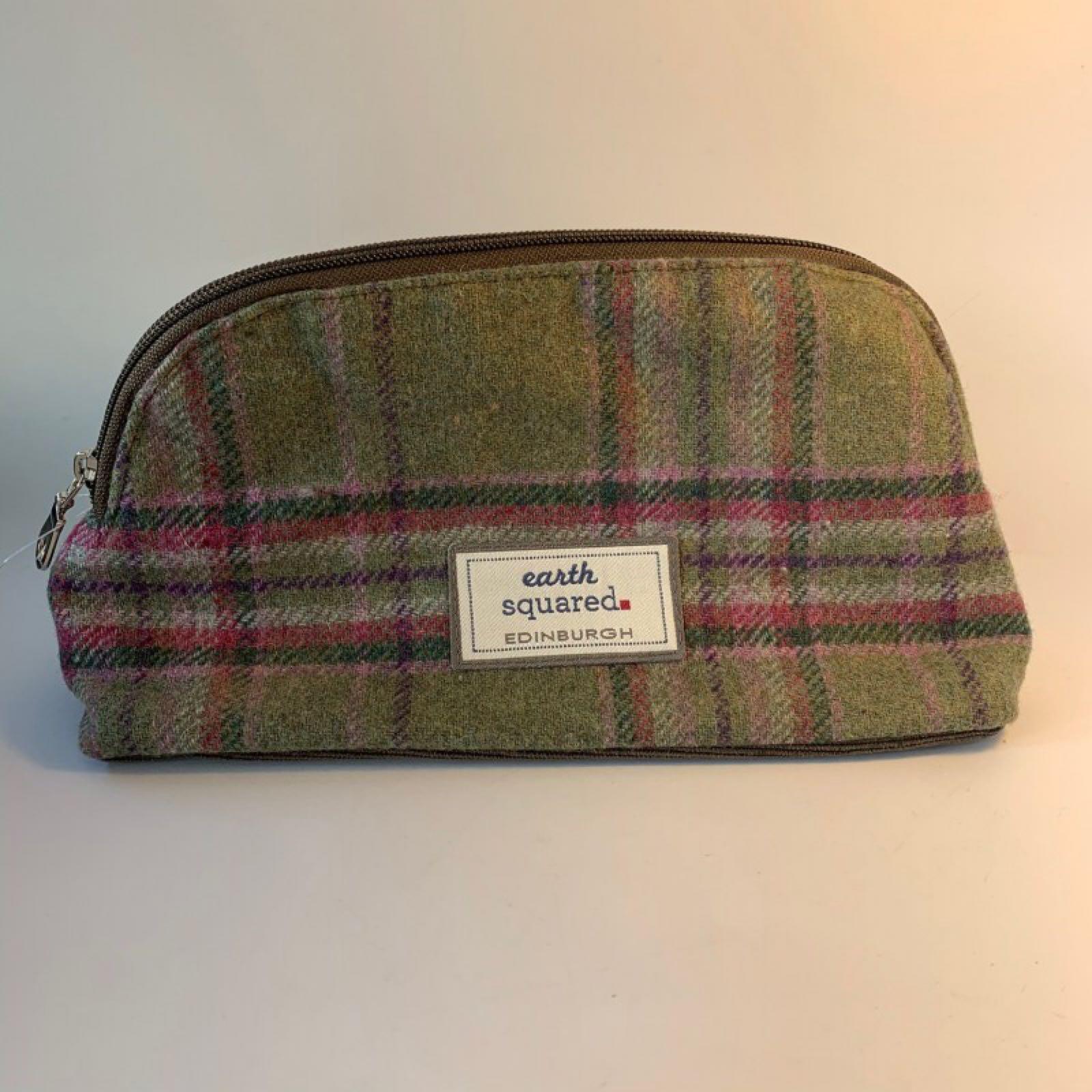 Earth Squared Toiletry Bag - Moorland Tweed