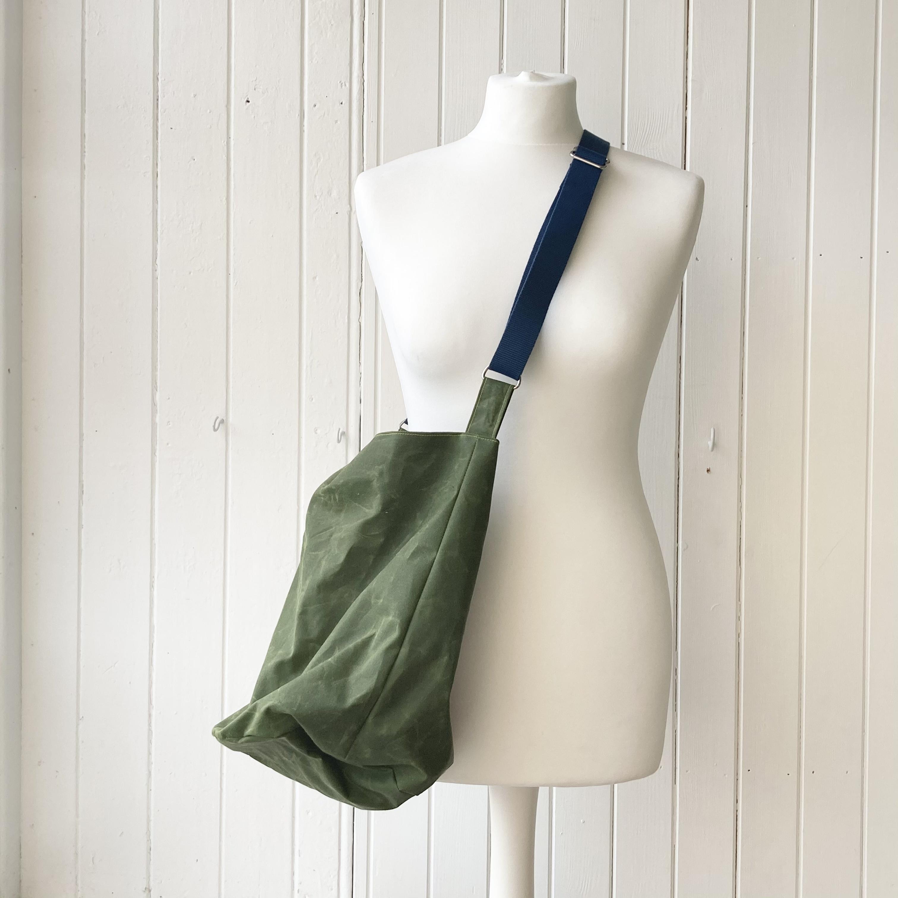 medium green oilskin bucket bag