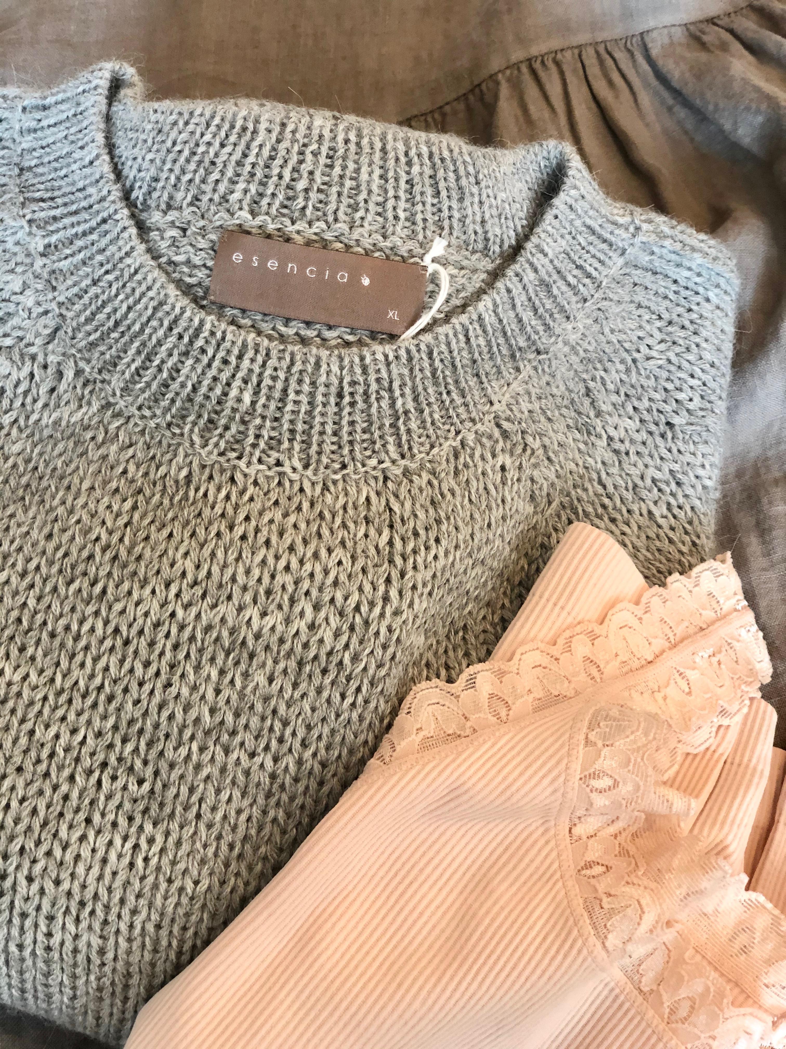 Esencia Naja Sweater