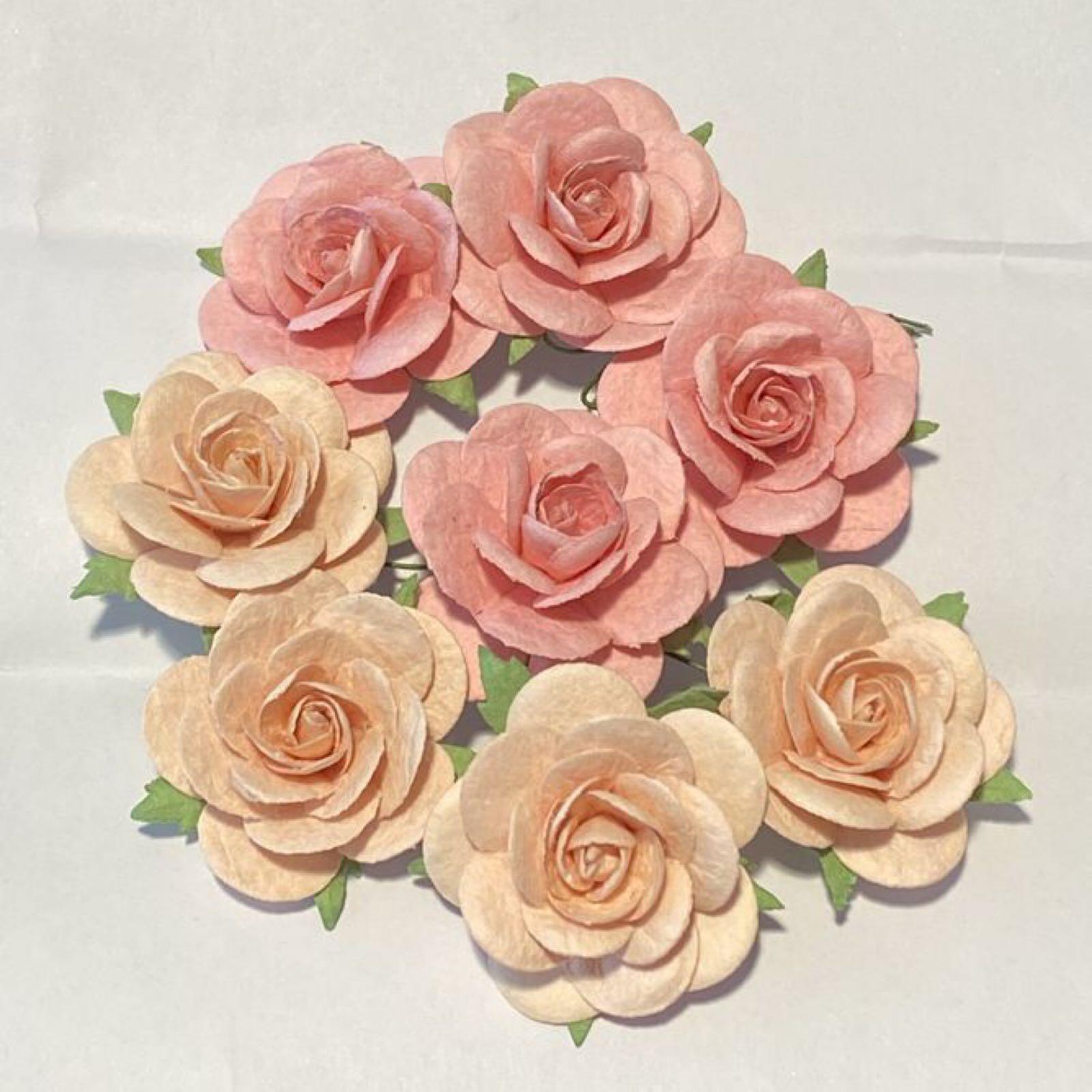 Papirdesign blomster, roser, lyse-rosa/rosa, 3,5cm. 8 stk pr.pk.