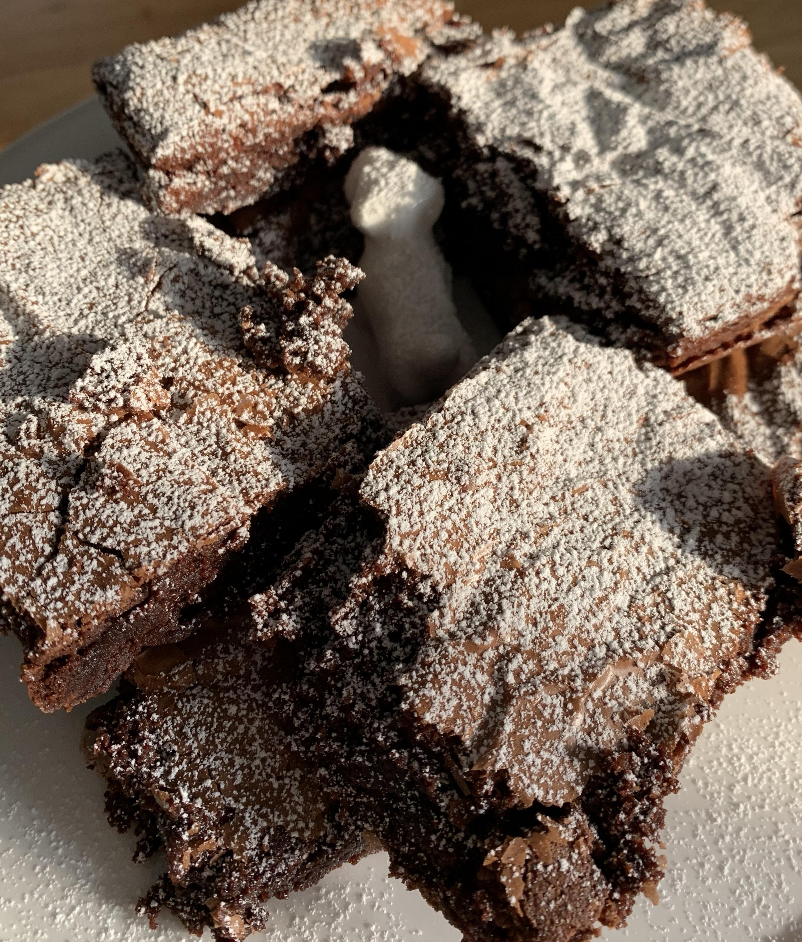4 slices of.... Brownies