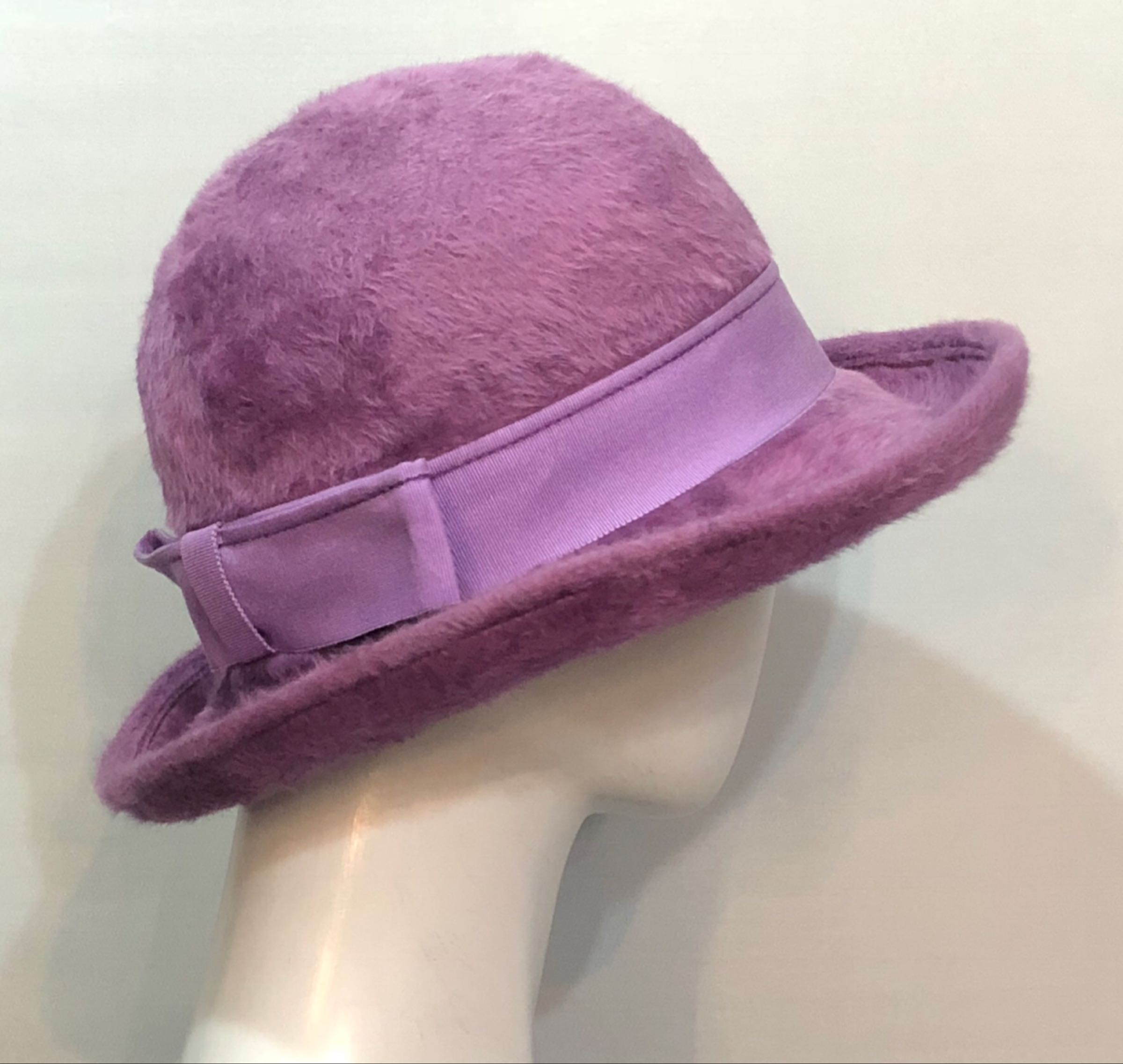 Lilac fur felt - preloved