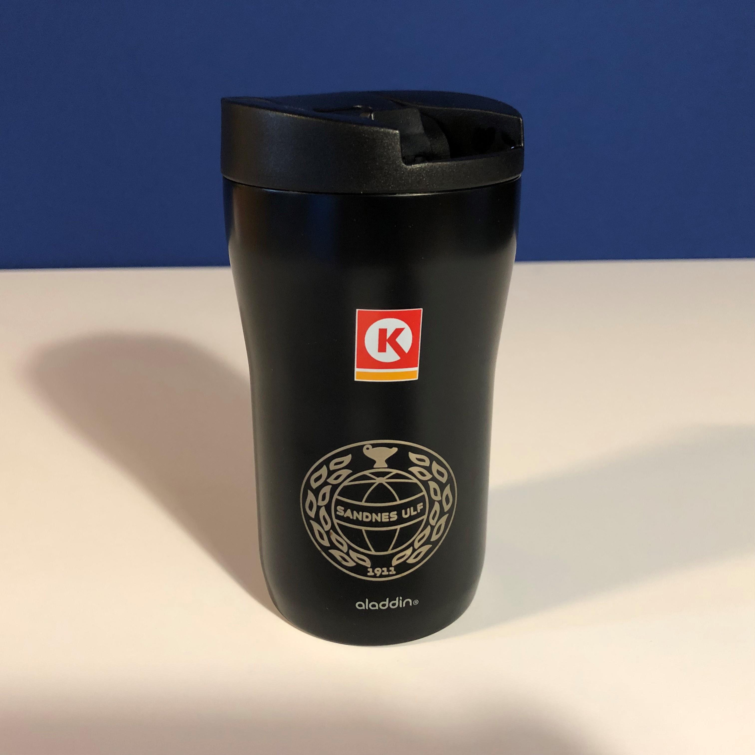 Circle K-kopp 2019 med inngravert logo
