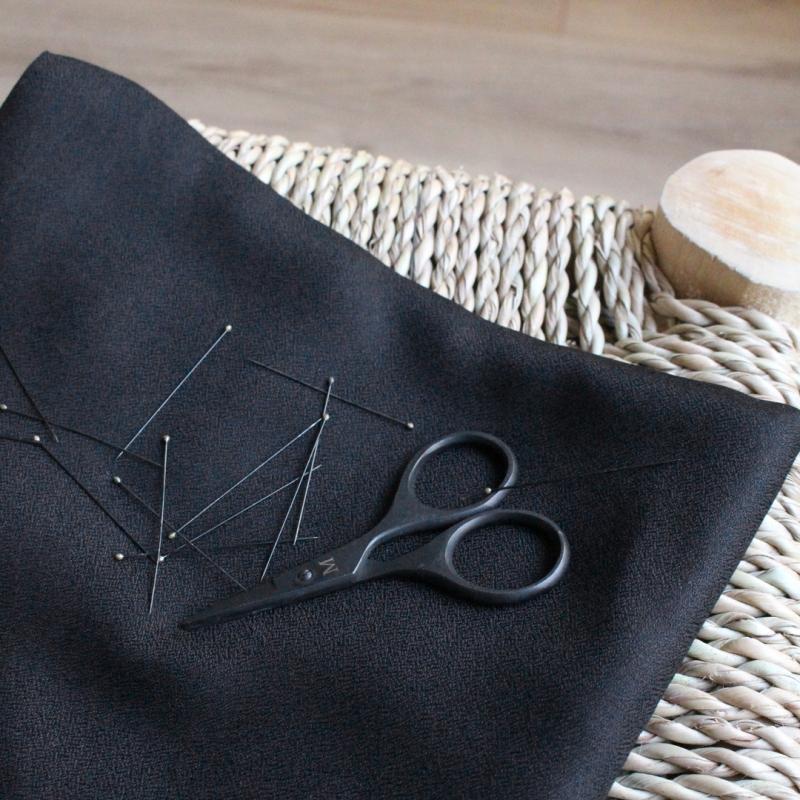 SAL Atelier Brunette viskoosikreppi musta