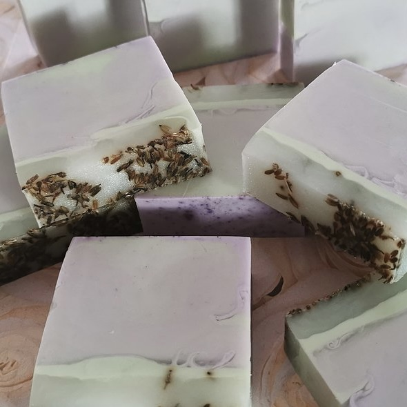Lavender Seeds & Patchouli with Cocoa Butter Spa Bar