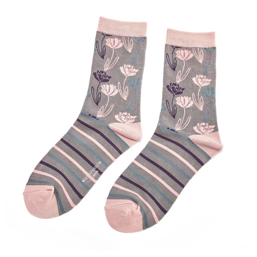 Ladies Climbing Floral Bamboo Socks - Grey