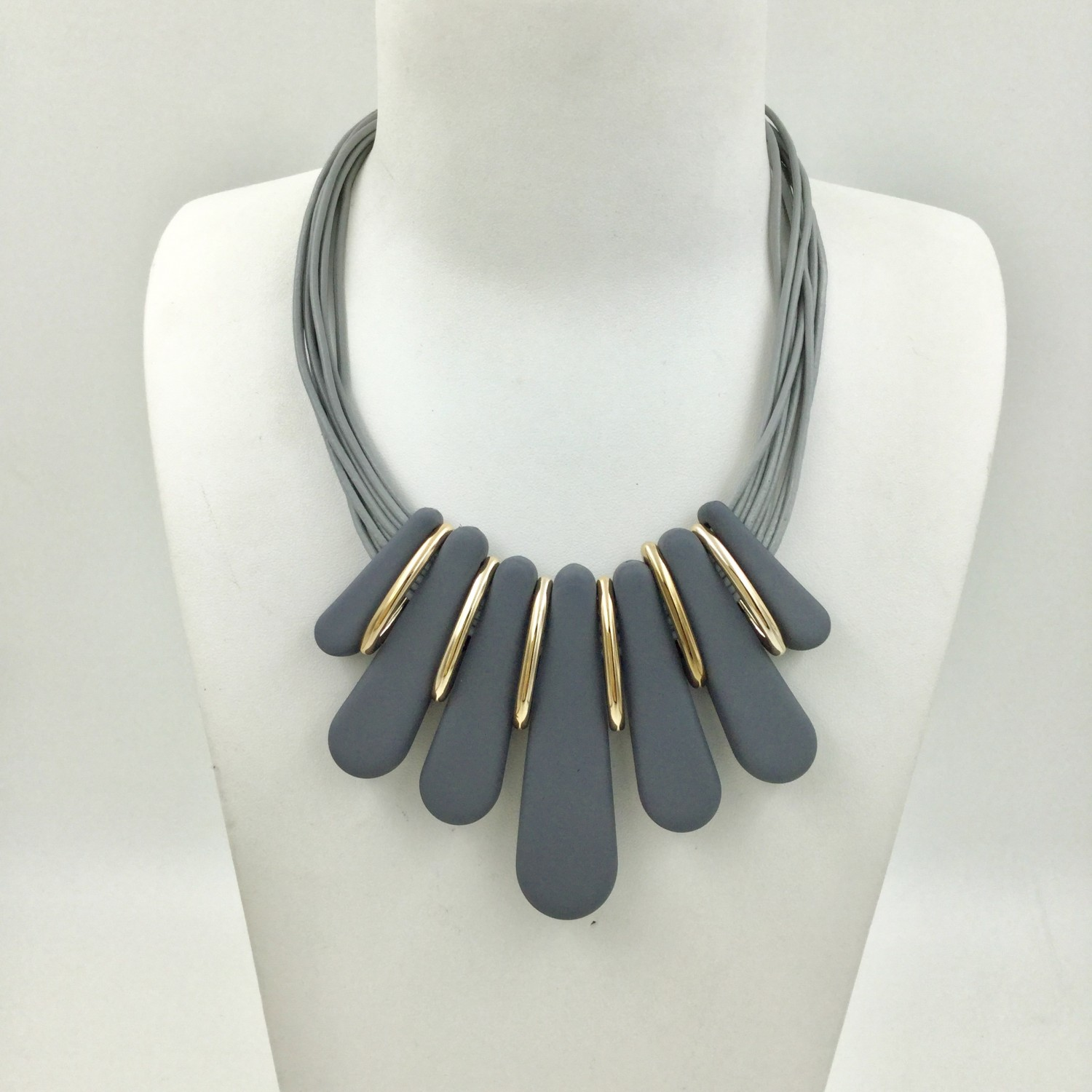 Magnetic Resin Fan Necklace Grey & Rose Gold