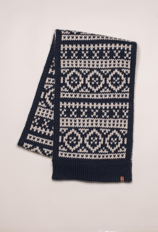Brakeburn Chunky Fairisle Knit Scarf - Navy Blue
