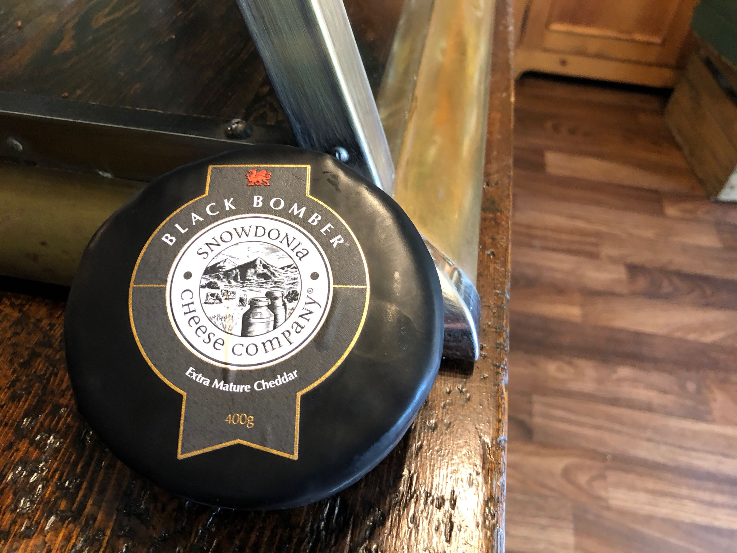 Snowdonia Cheese Co Big Black Bomber 400g