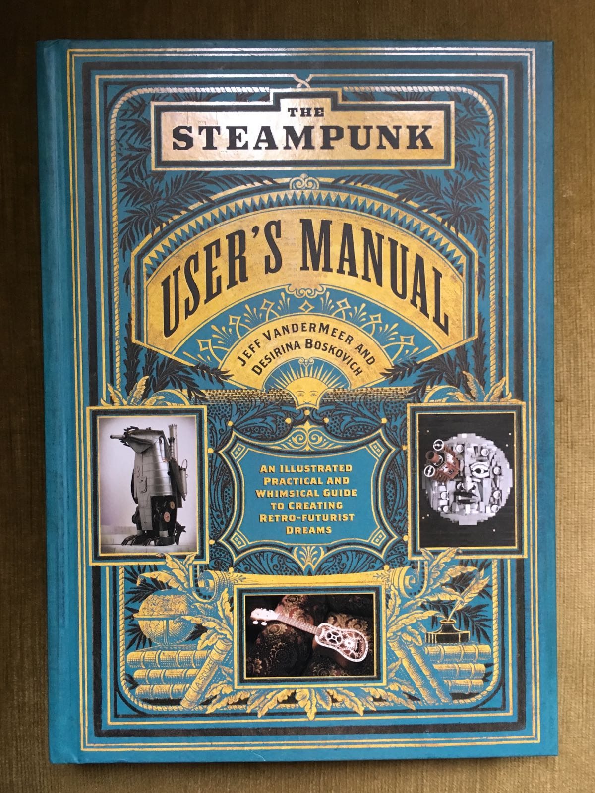 Book - The Steampunk User's Manual