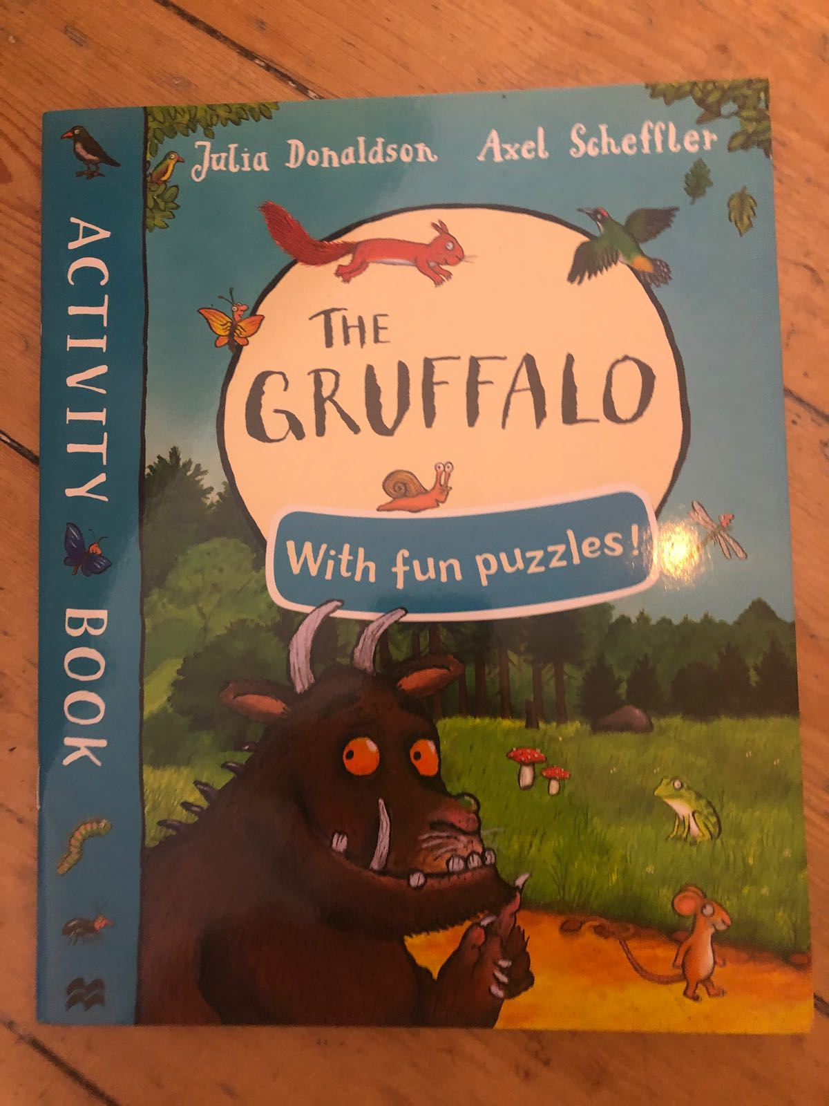 Activity book The gruffao