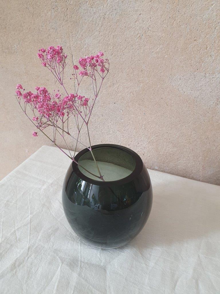 'Flash Black Vase' (V)