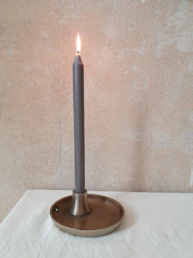 'Stand-Up Candleholder' (V)