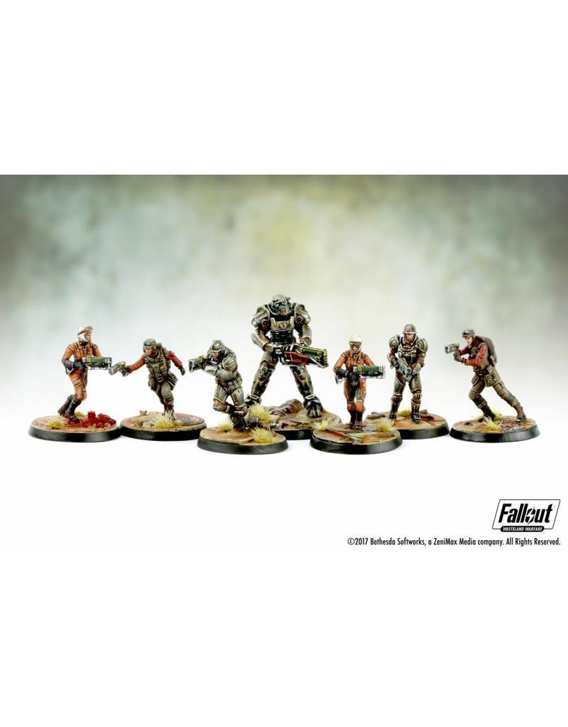 Brotherhood of Steel Core Box, Fallout Wasteland