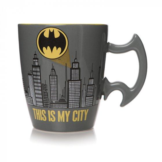 Mug Shaped Boxed (450ML) - Batman (City Scene)