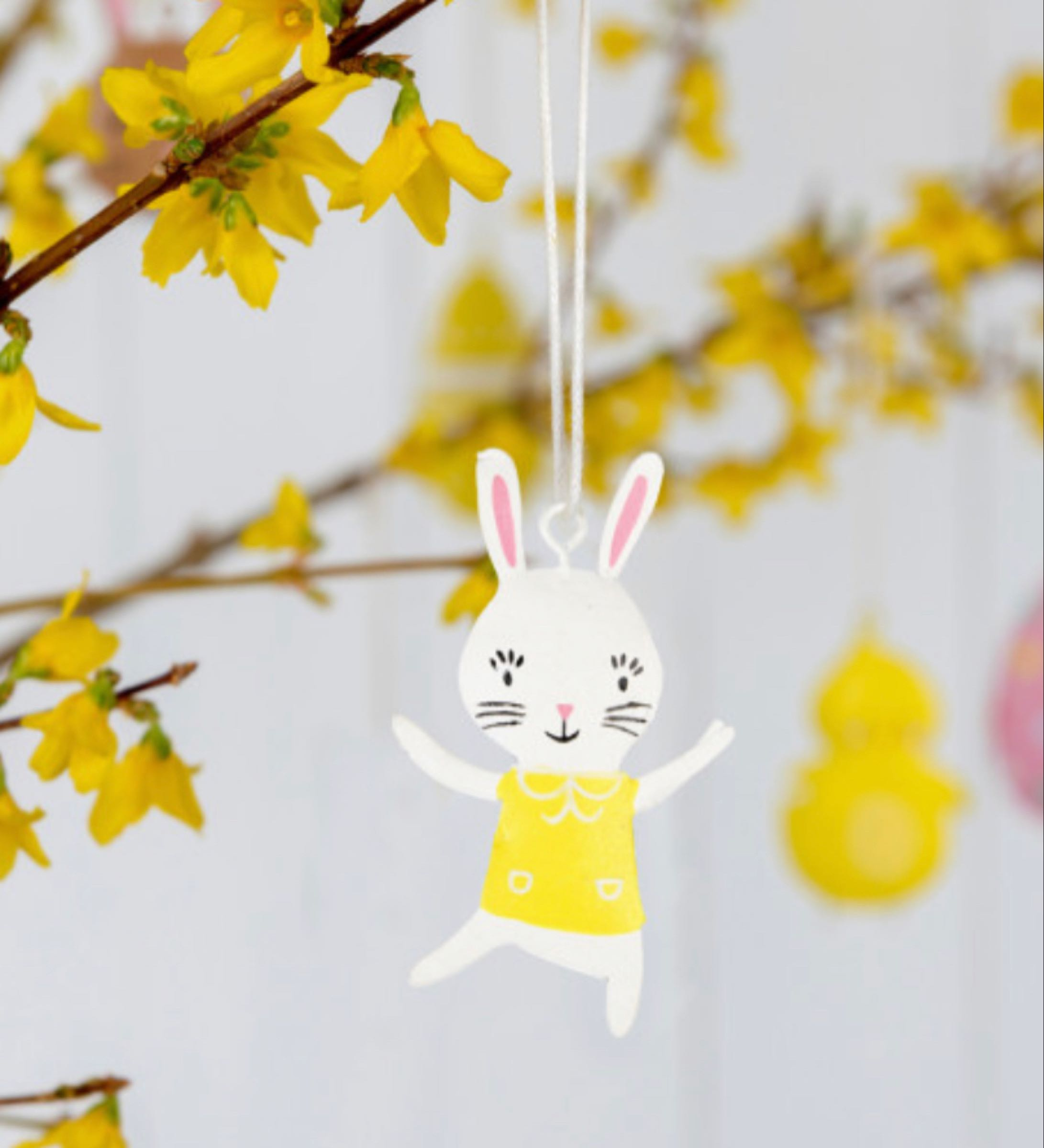 Mini yellow T-shirt Bunny Decoration