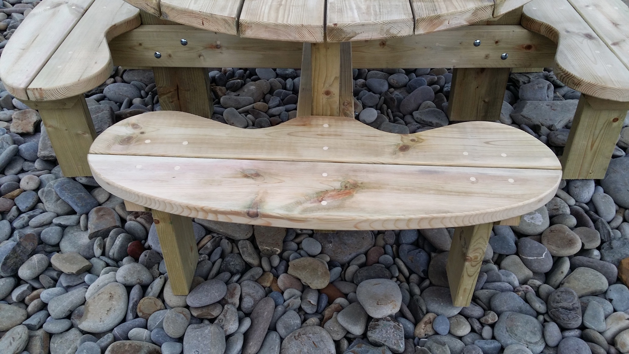 Round Seated 8 Seater Table