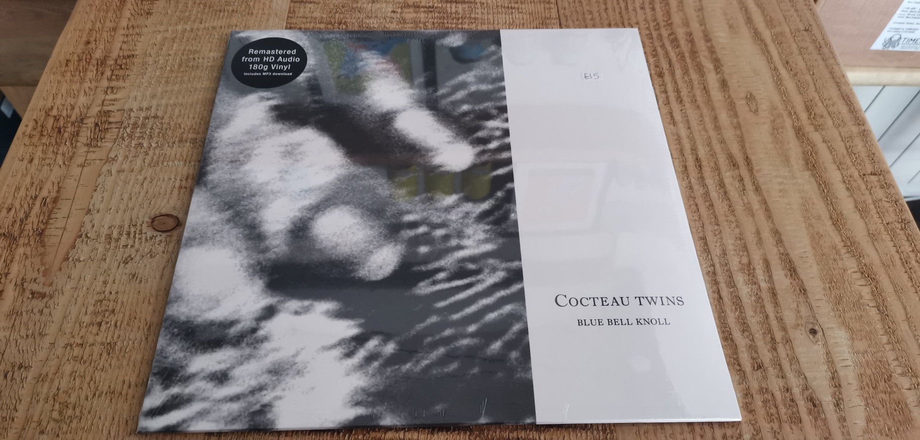 Cocteau Twins - Blue Bell Knoll (Remastered from HD Audio)