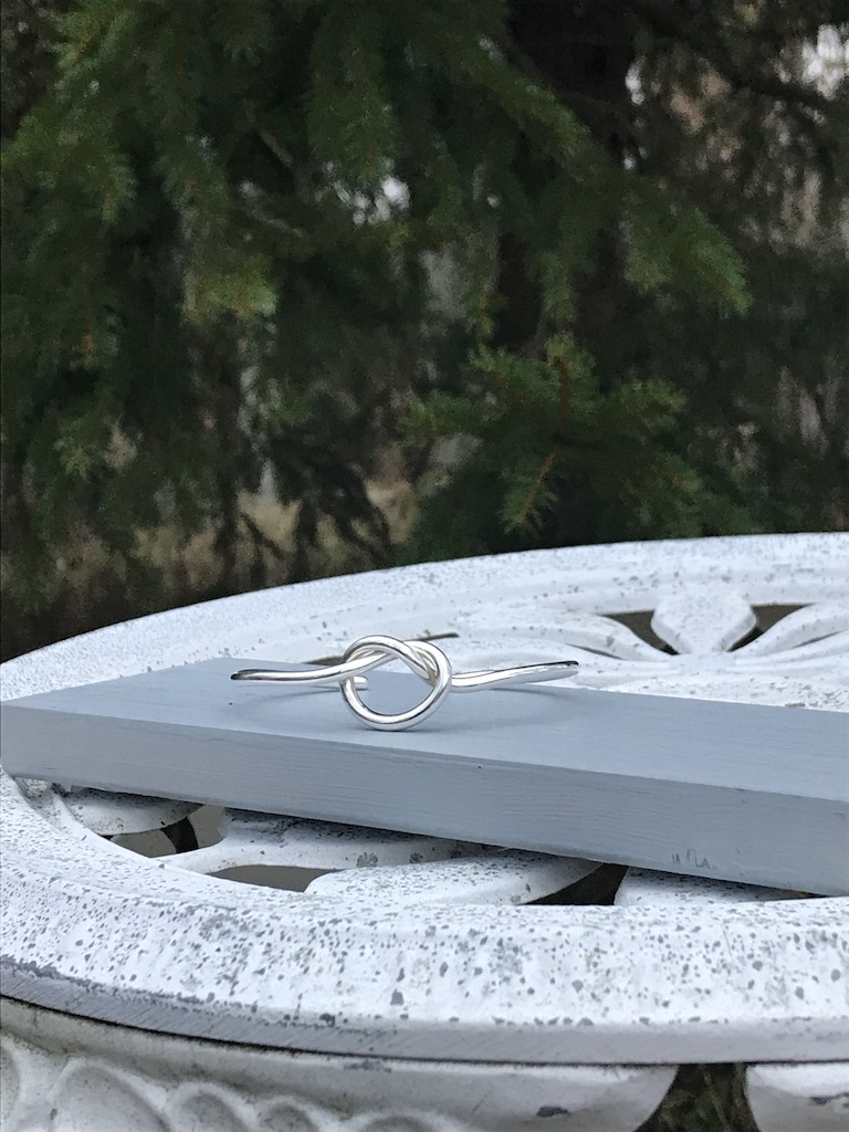 Kärleksknop Armband Präktig