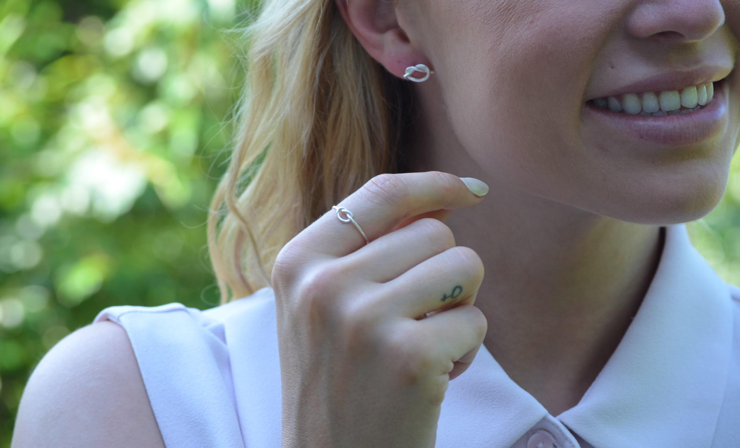 Kärleksknop Örhänge