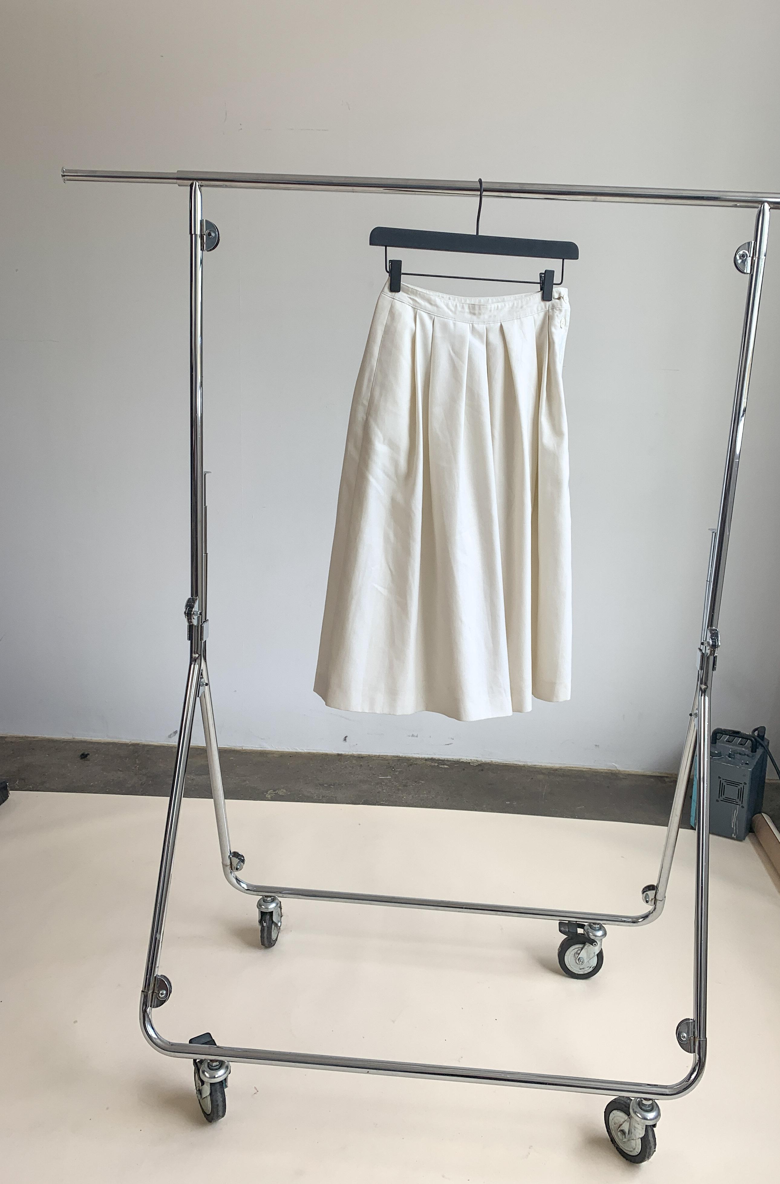 Myre Couture beige culotte shorts