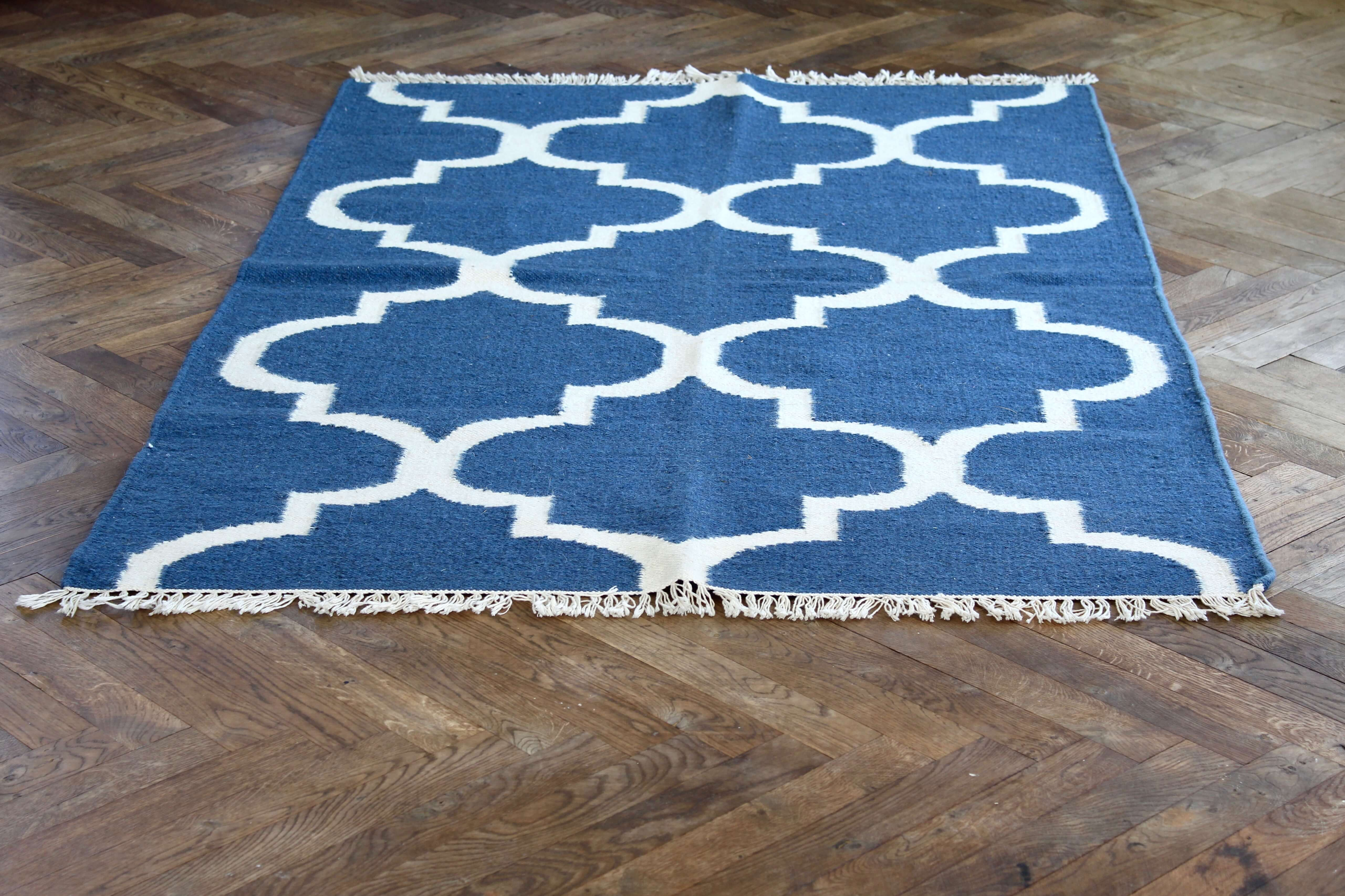 Graphic pattern blue wool/cotten 180*115 cm Nomad Living