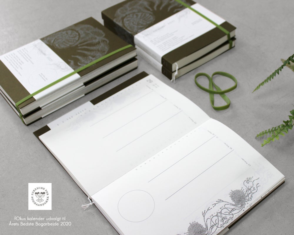 Fokus Calender 2021 delicious cream-colored in FSC certified paper