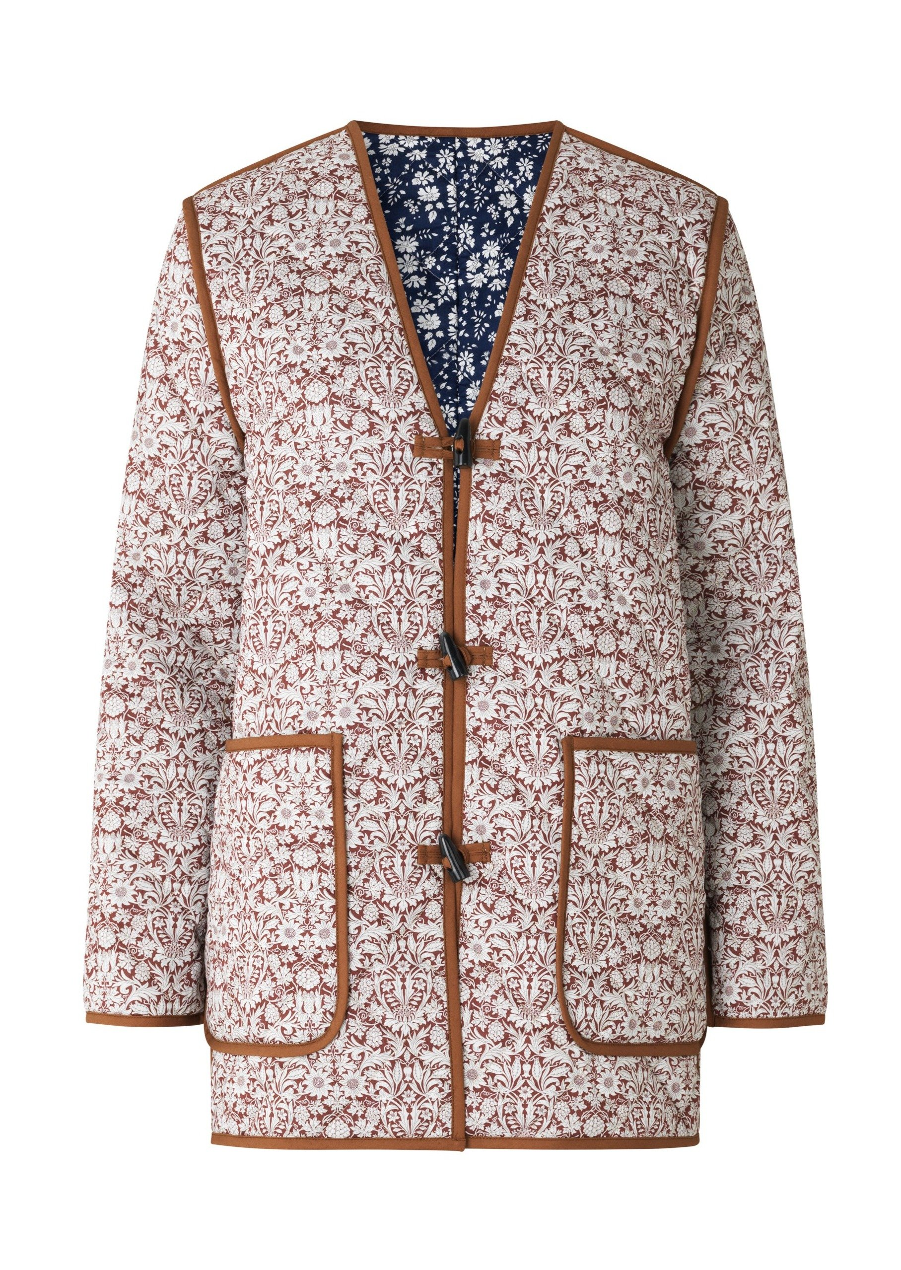 Quilted jacket, capel