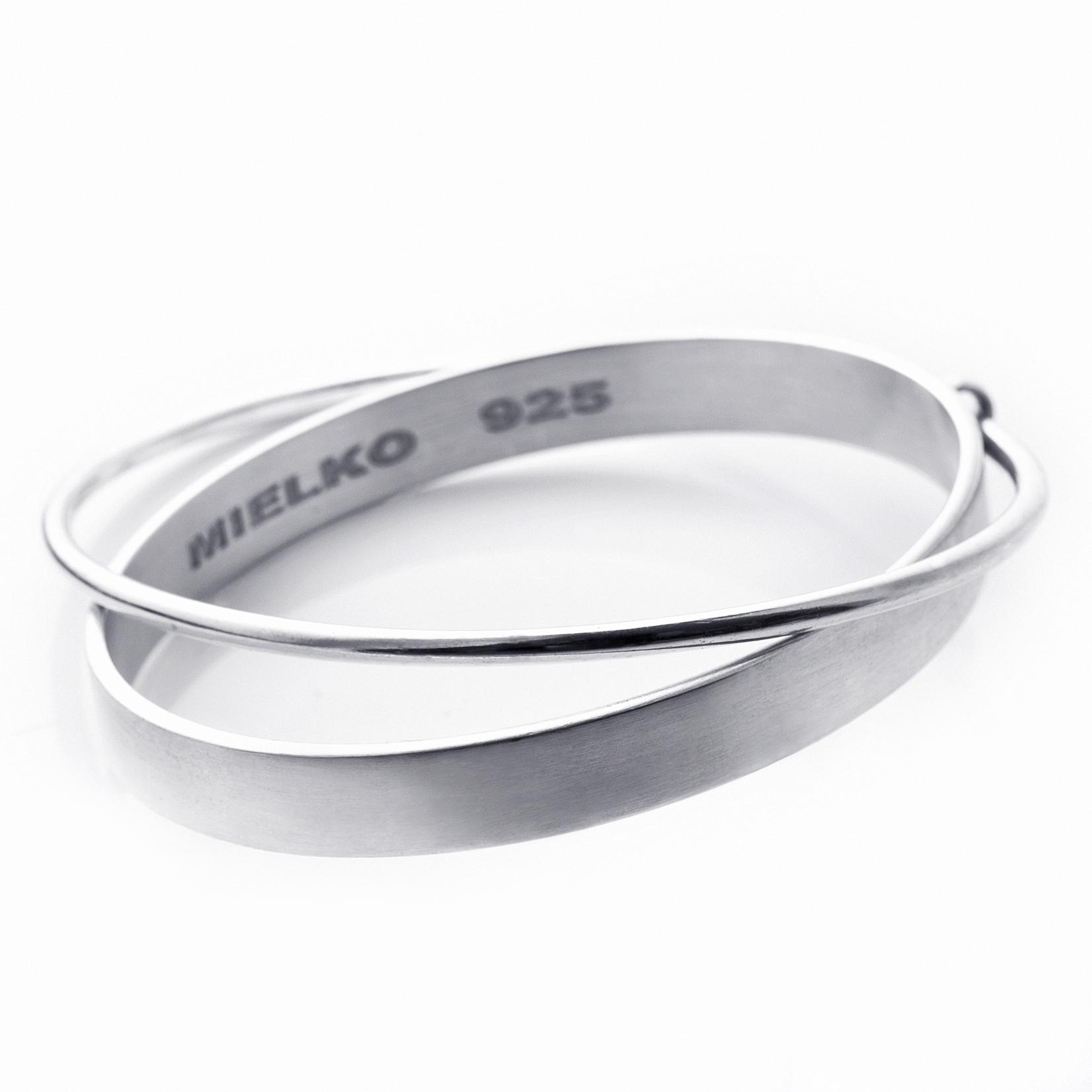 Saturn bracelet  in sterlingsilver.