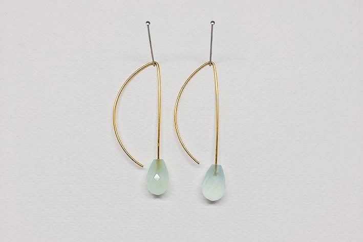 Earring pair, aqua kalcedon