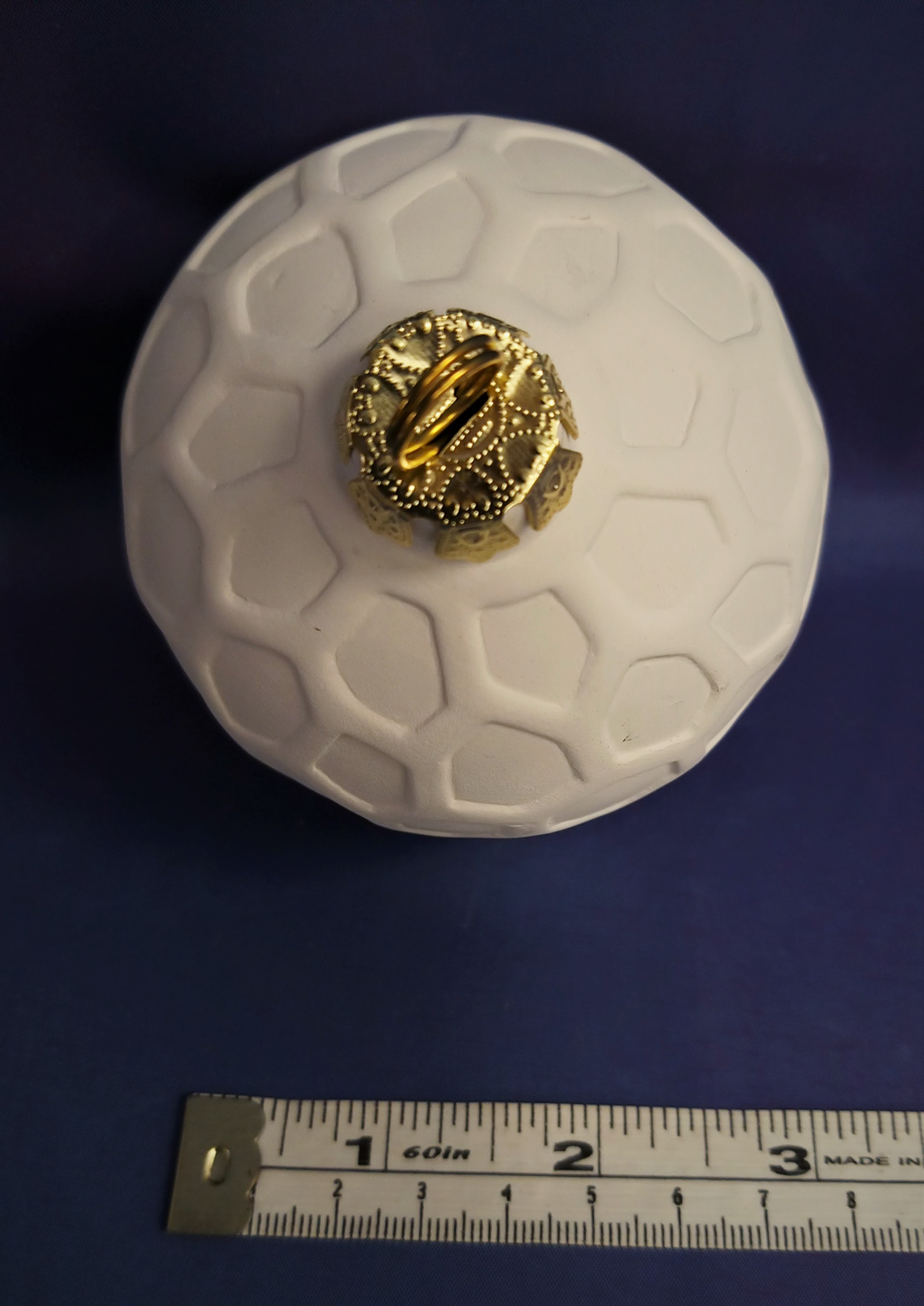 Honeycomb Effect Patterned Bauble (large)