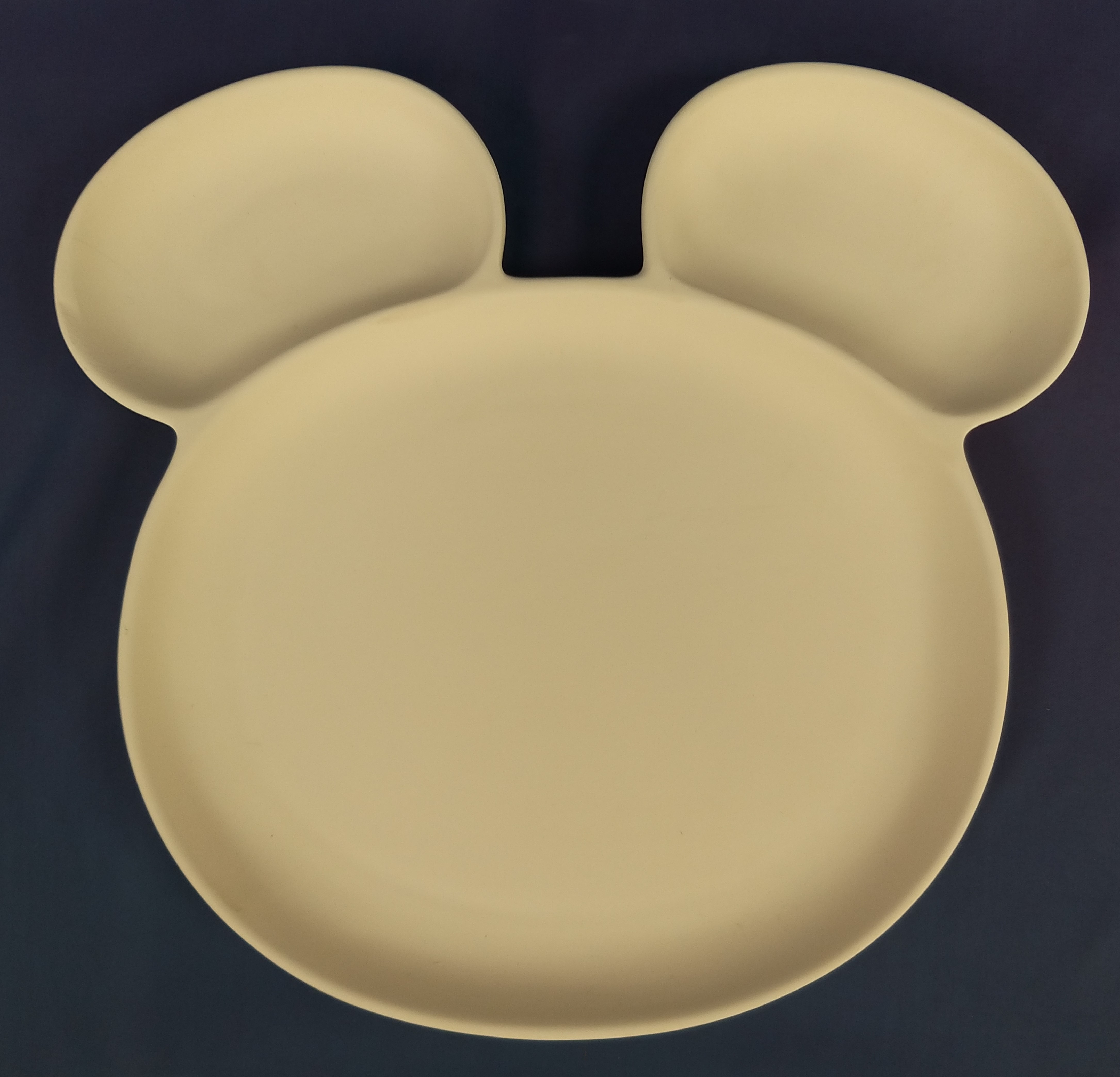 Plate with Ears