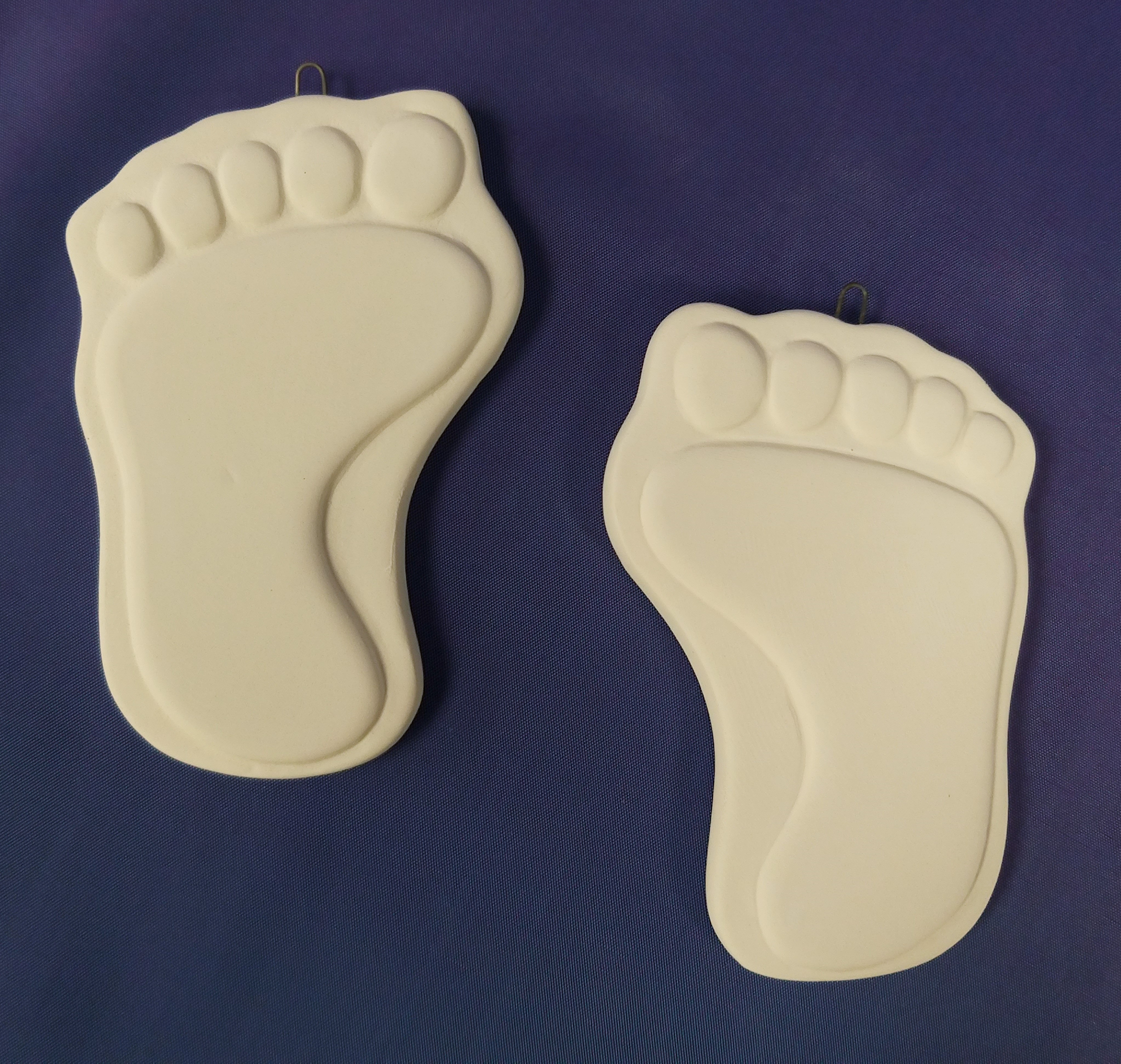Baby Foot with wire hanger