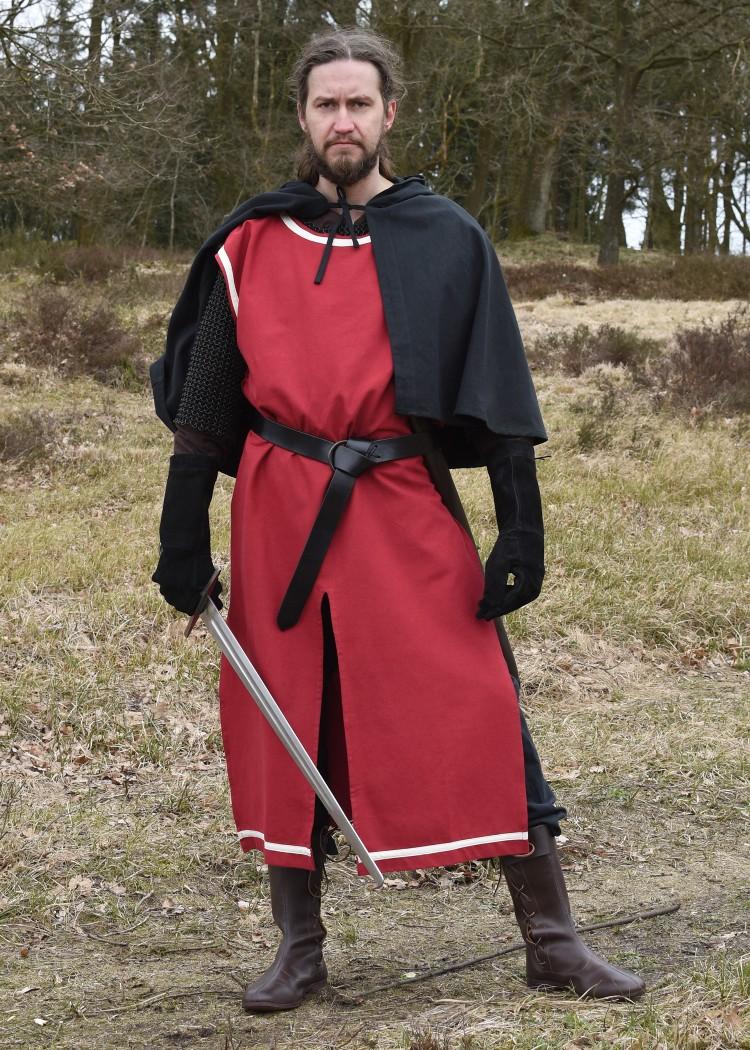 Surcoat Eckhart, punainen luonnonvalkoisin terein