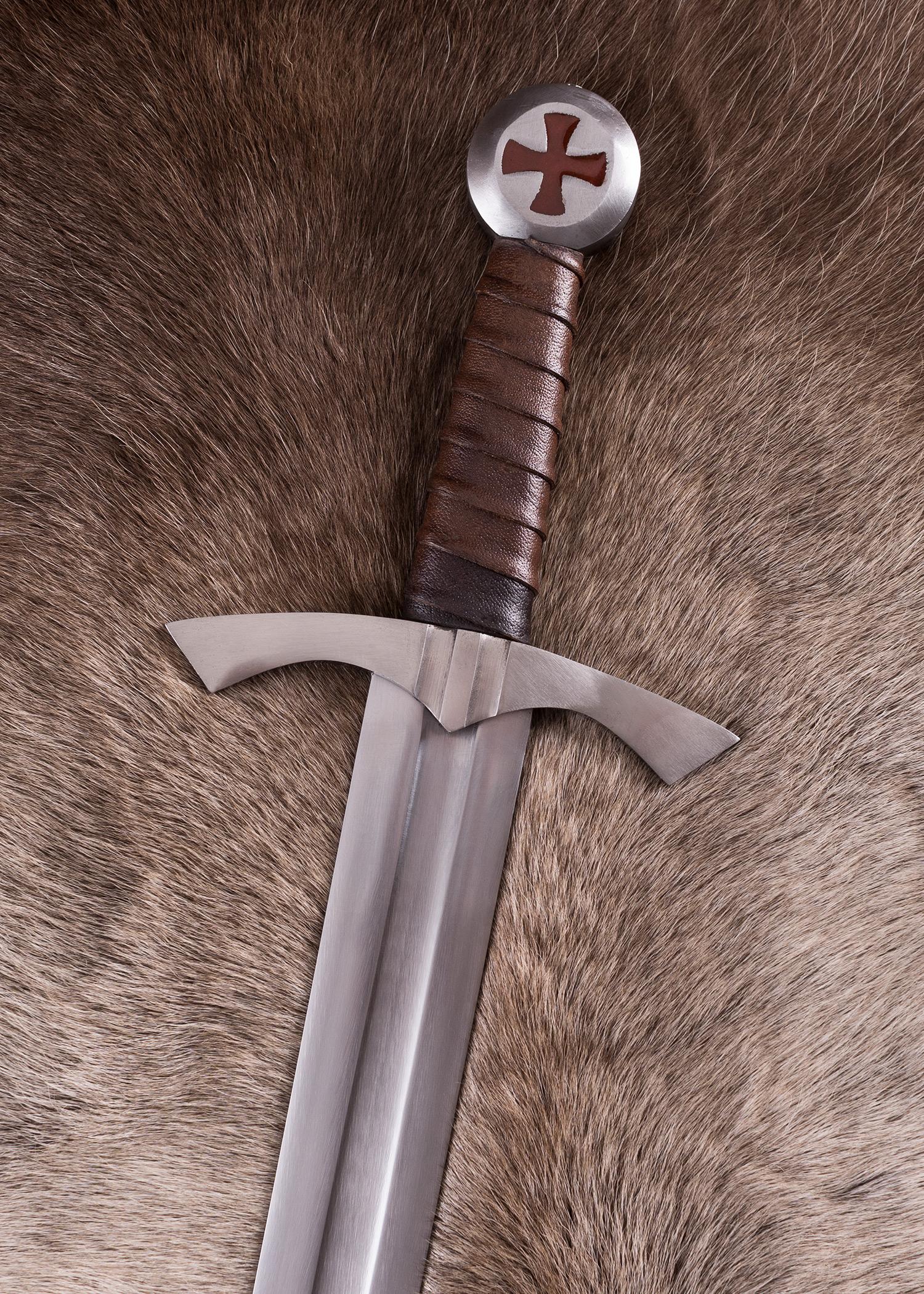 Skottilainen temppeliritarin miekka huotralla