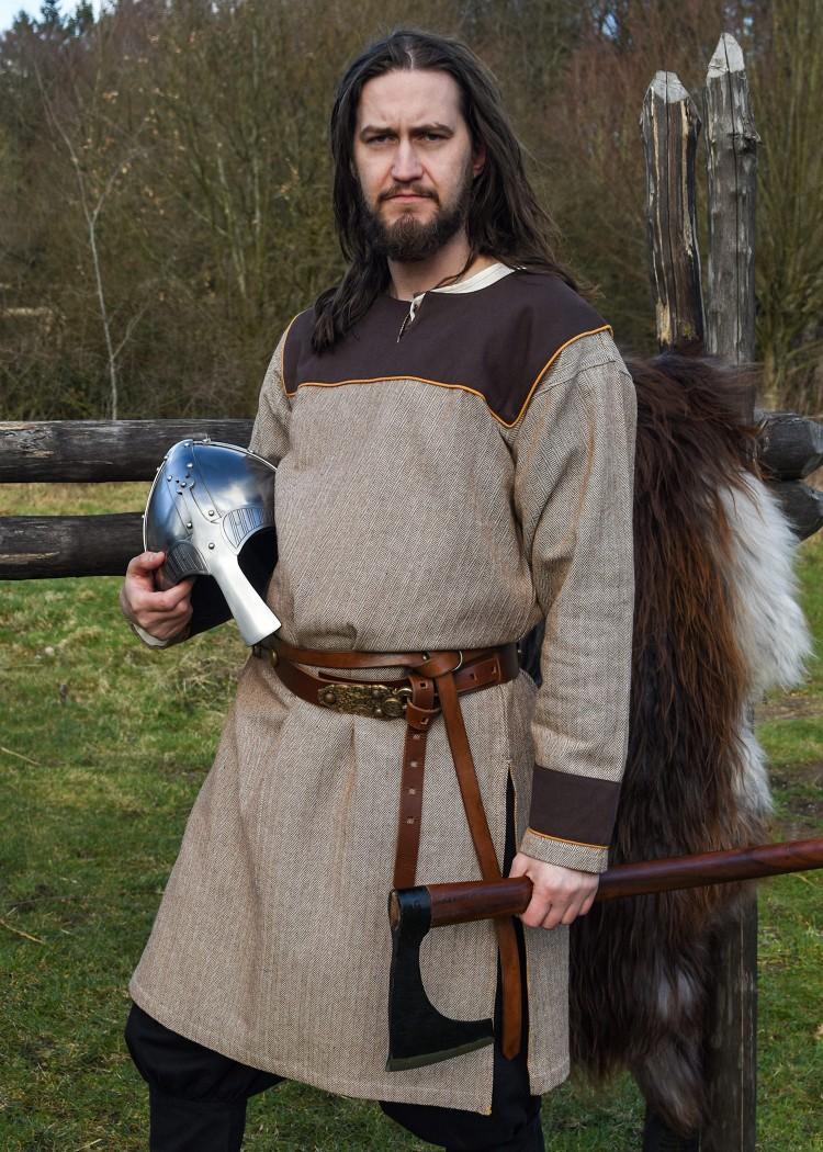 Viikinkitunika Ove, kalanruoto koristeluin