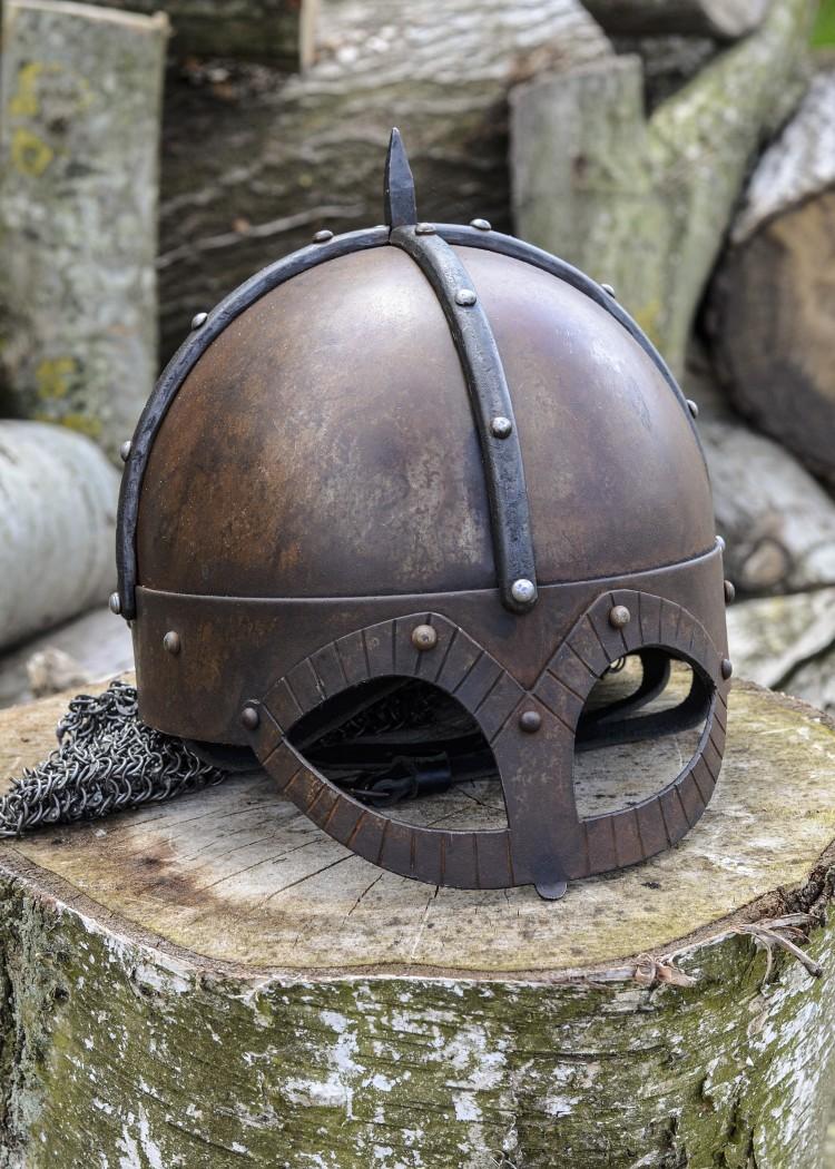 Gjermundby kypärä niitatulla aventaililla, 2mm