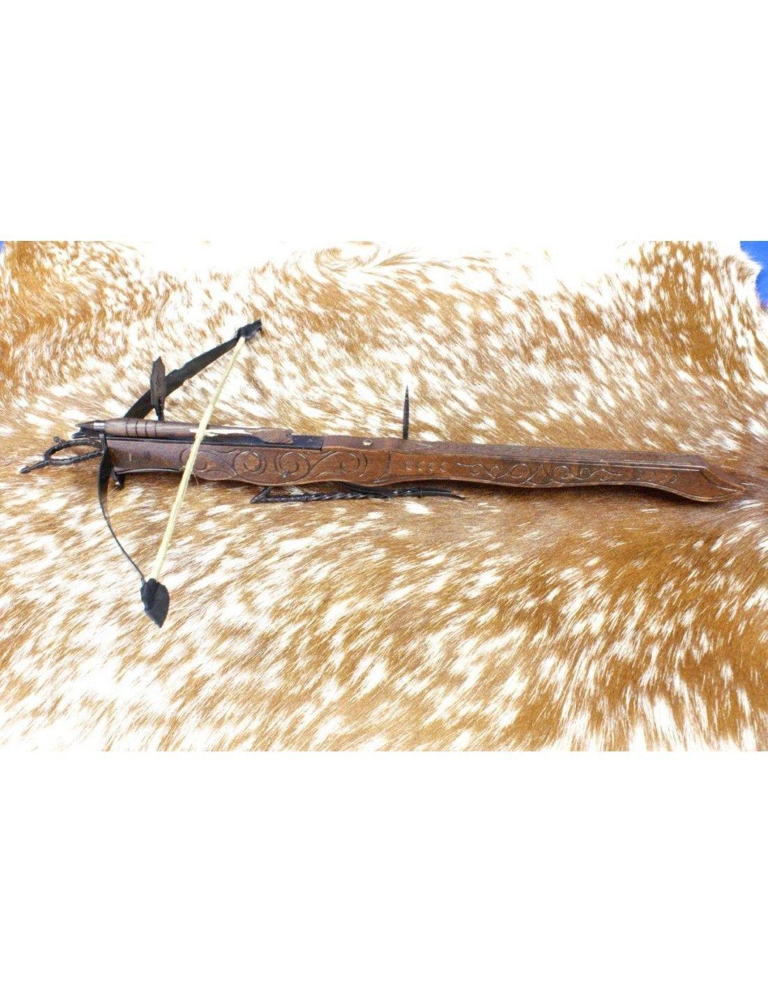 Keskiaikainen keskikokoinen jalkajousi S- XV (42 x 65 cm).