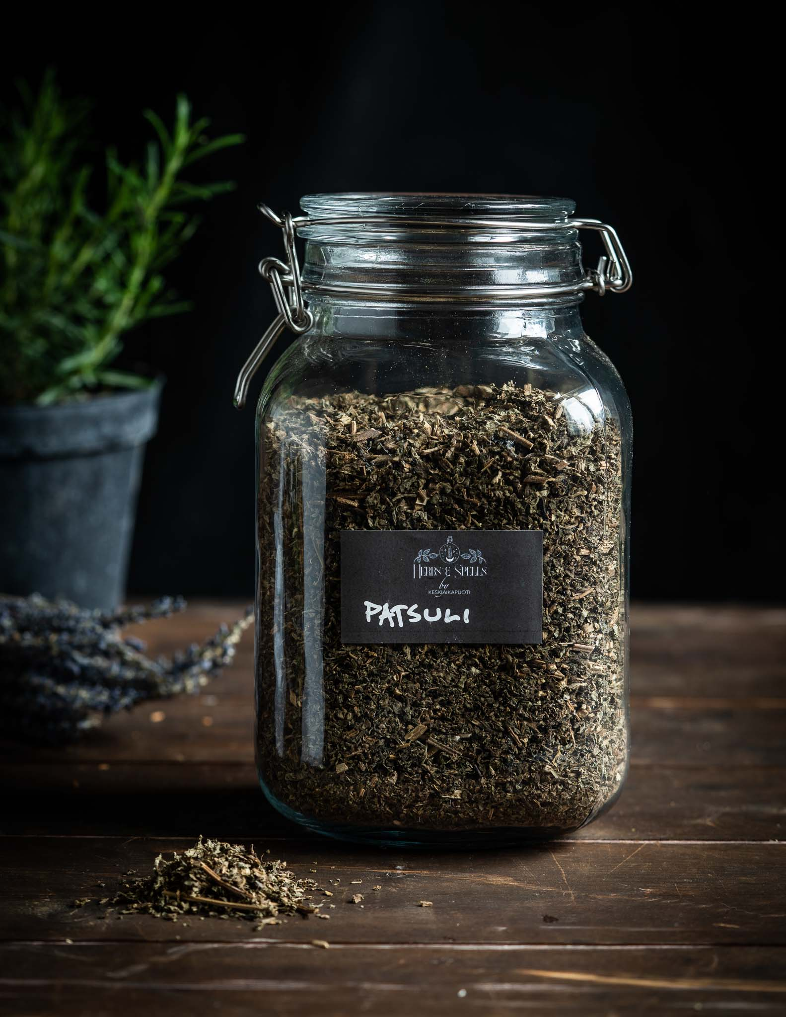 Patsuli - Pogostemon cablin (Herbs&Spell by keskiaikapuoti)