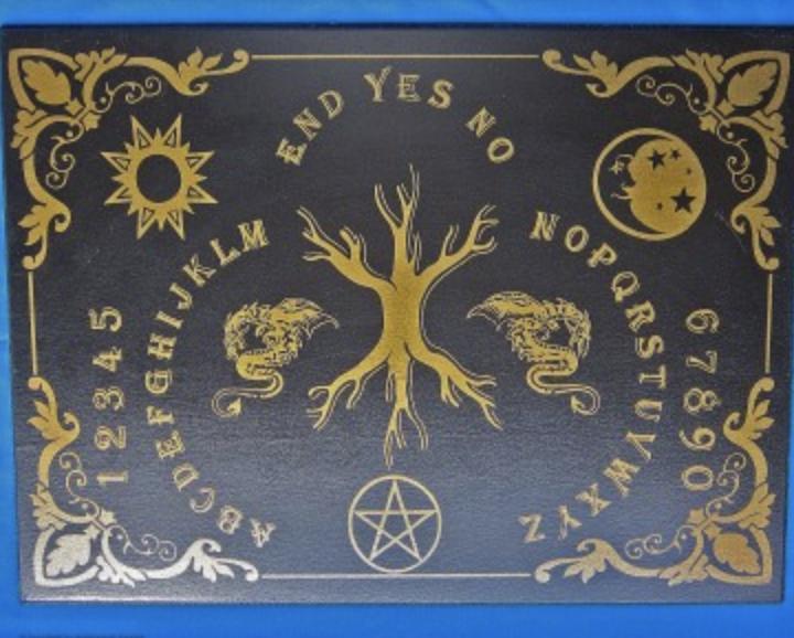 Ouija lauta elämänpuu Yggrdrasil spirit board