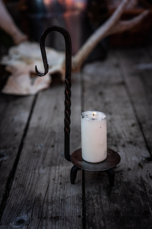 Takorautainen kynttilänjalka