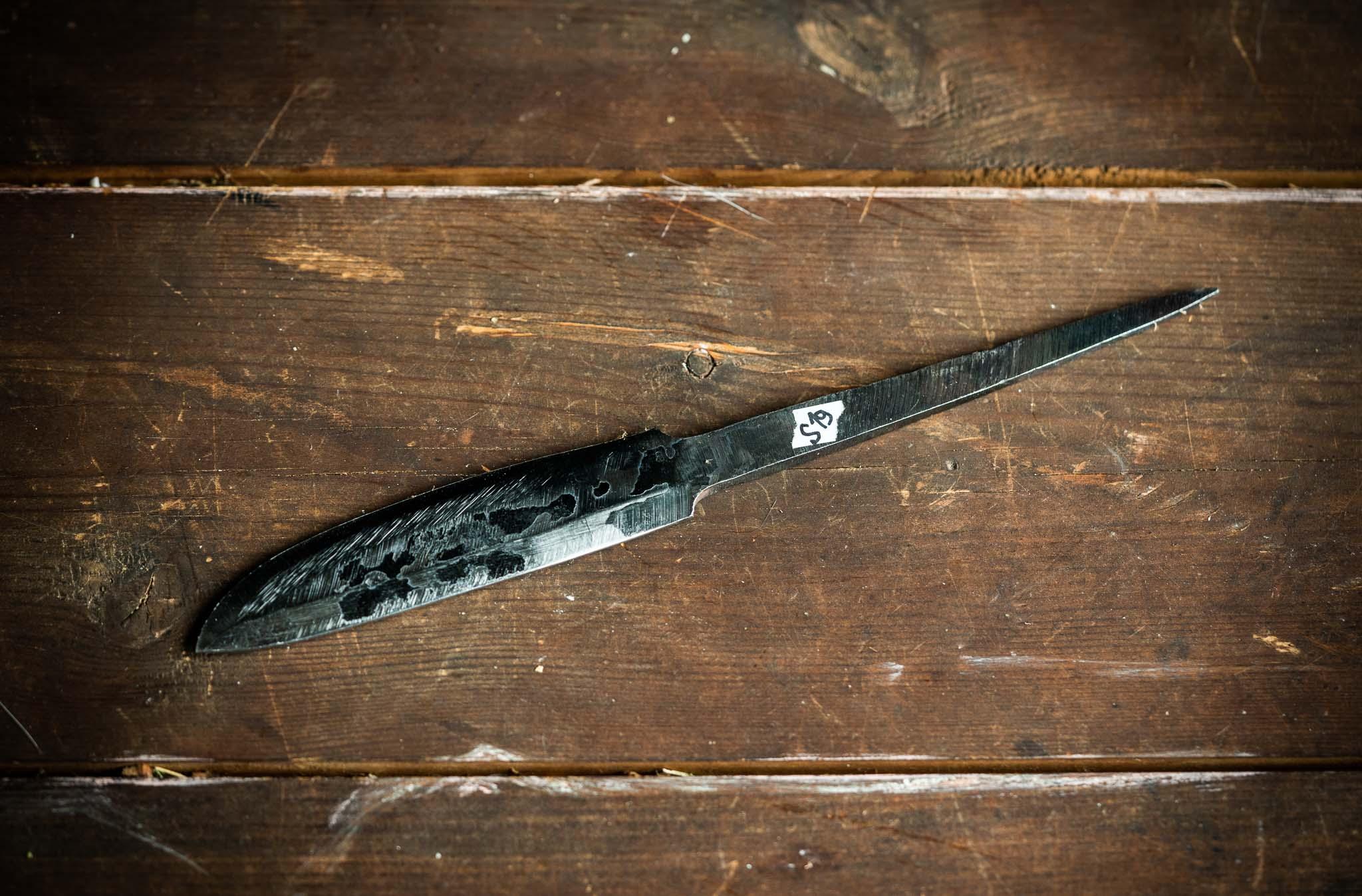 Seppämestarin teräaihio n.8-9,5cm terällä, pitempi ruoto