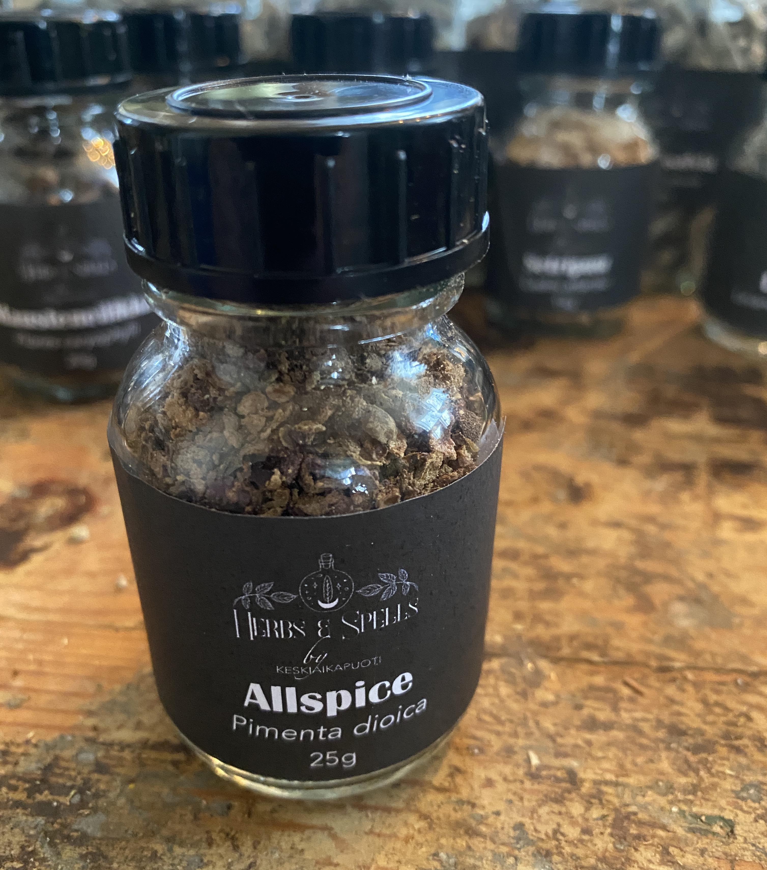 Allspice - Pimenta dioica 25g pullossa (Herbs&Spell by keskiaikapuoti)